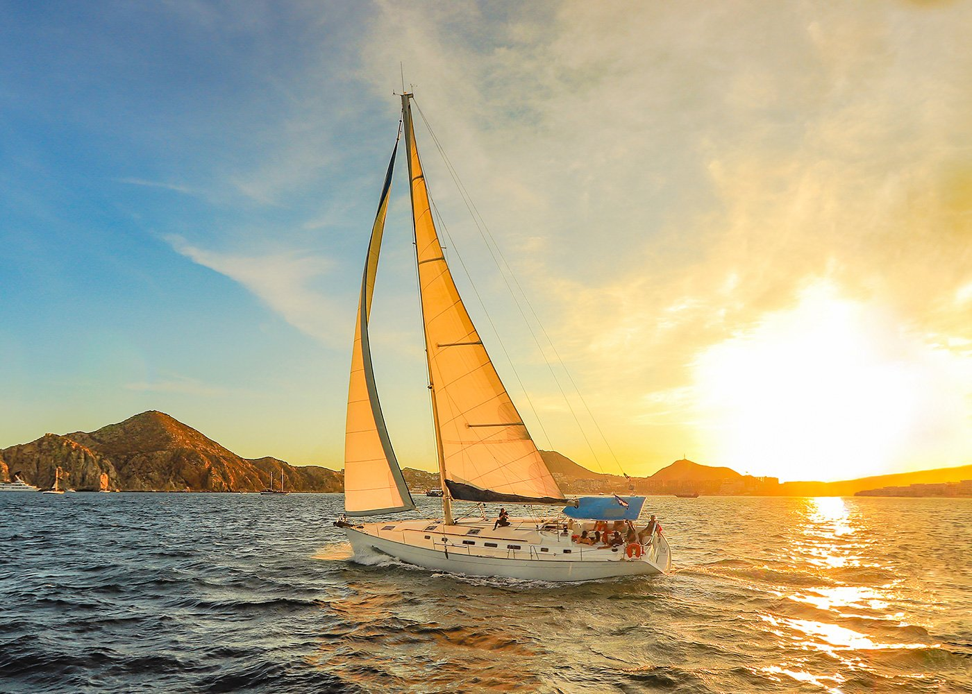 Luxury Sunset Sailing | Cabo Adventures