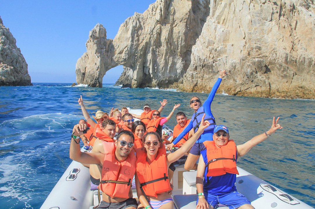 Visit to the arch of Cabo including a swim with dolphins experience
