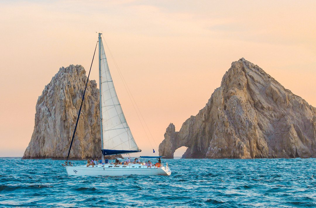luxury sunset sailing in the arch of cabo san lucas